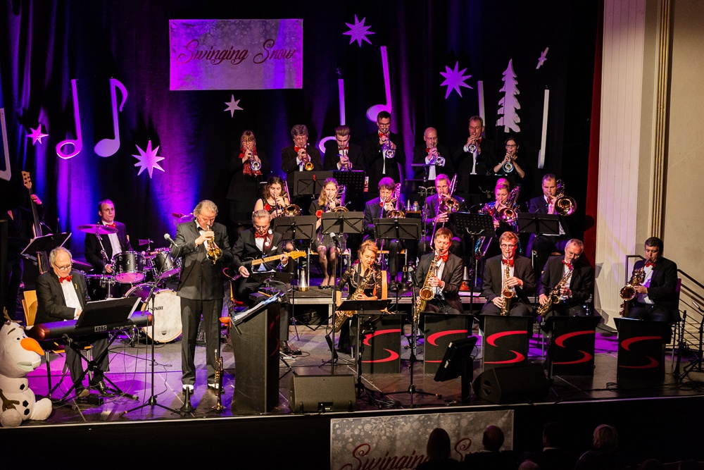 Swinging Snow (SwingInn Bigband) @ Ballhaus Rosenheim